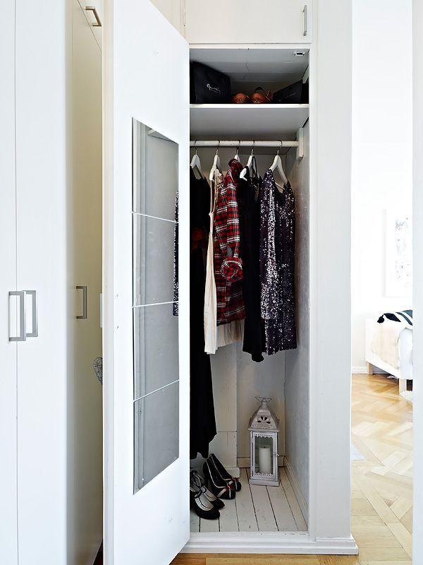 Компактный шкаф для студии