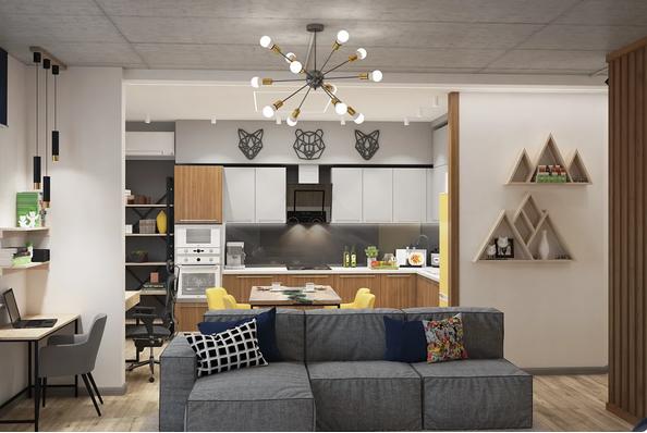 Выделяющаяся люстра в гостиной и близкое освещение кухонного стола
