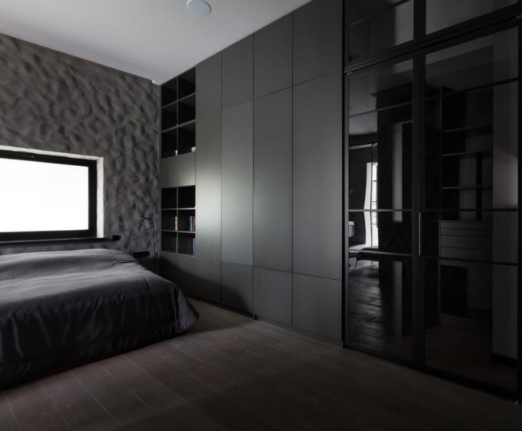 Затемненная спальня